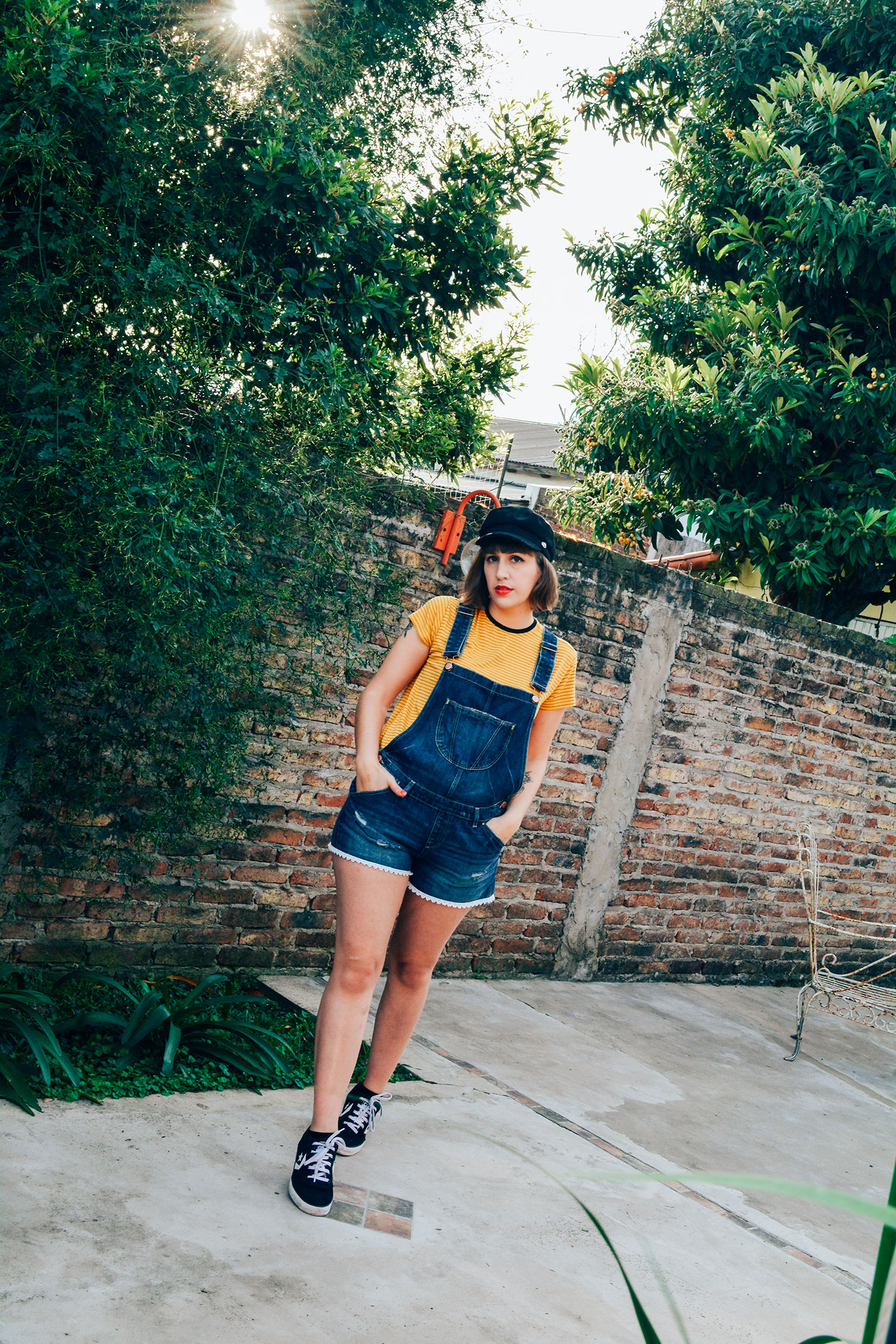 fashion, fashionista, moda, blogger argentina, fashion blogger, fashion blogger argentina, blogger, lifestyle blogger, thoughts, ootd, outfit, style, look, outfit of the day, lookbook, what i wore, style, spring style, ss style, summer style, blue lipstick, tattoo, tattooed girls, women tattoo, book tattoo, floral tattoo, stripes, denim, overalls